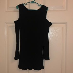 Fitted cold shoulder black long sleeve top size m